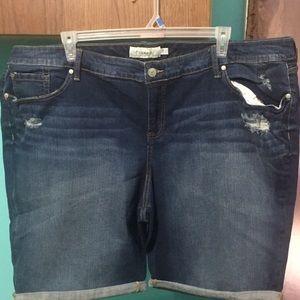 Torrid Dark Wash Boyfriend Denim Shorts